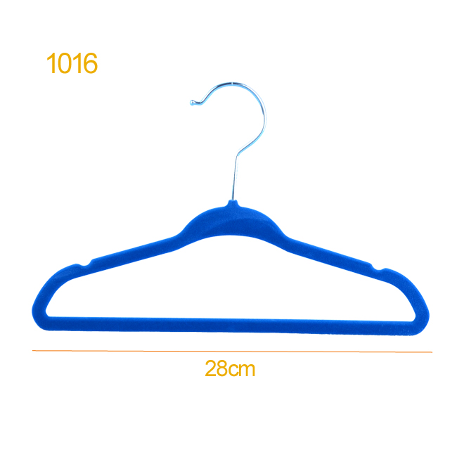 Garment velvet coat hanger for baby