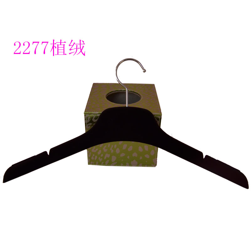 custom non slip velvet hangers for apparels with logo wholesale